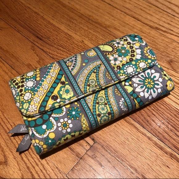 Vera Bradley Handbags - Vera Bradley Trifold Wallet